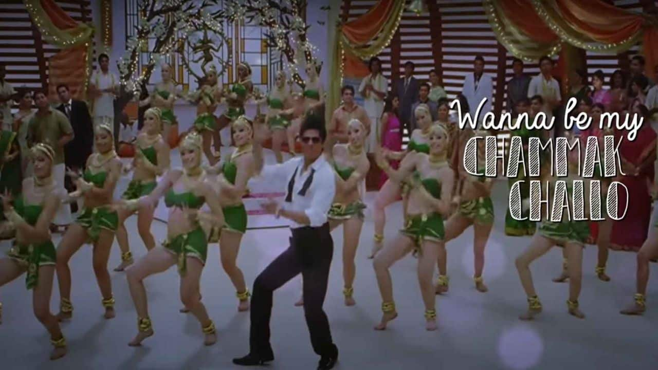 Shah Ruhk Khan and dancers in Chammak Challo bollywood choregraphy