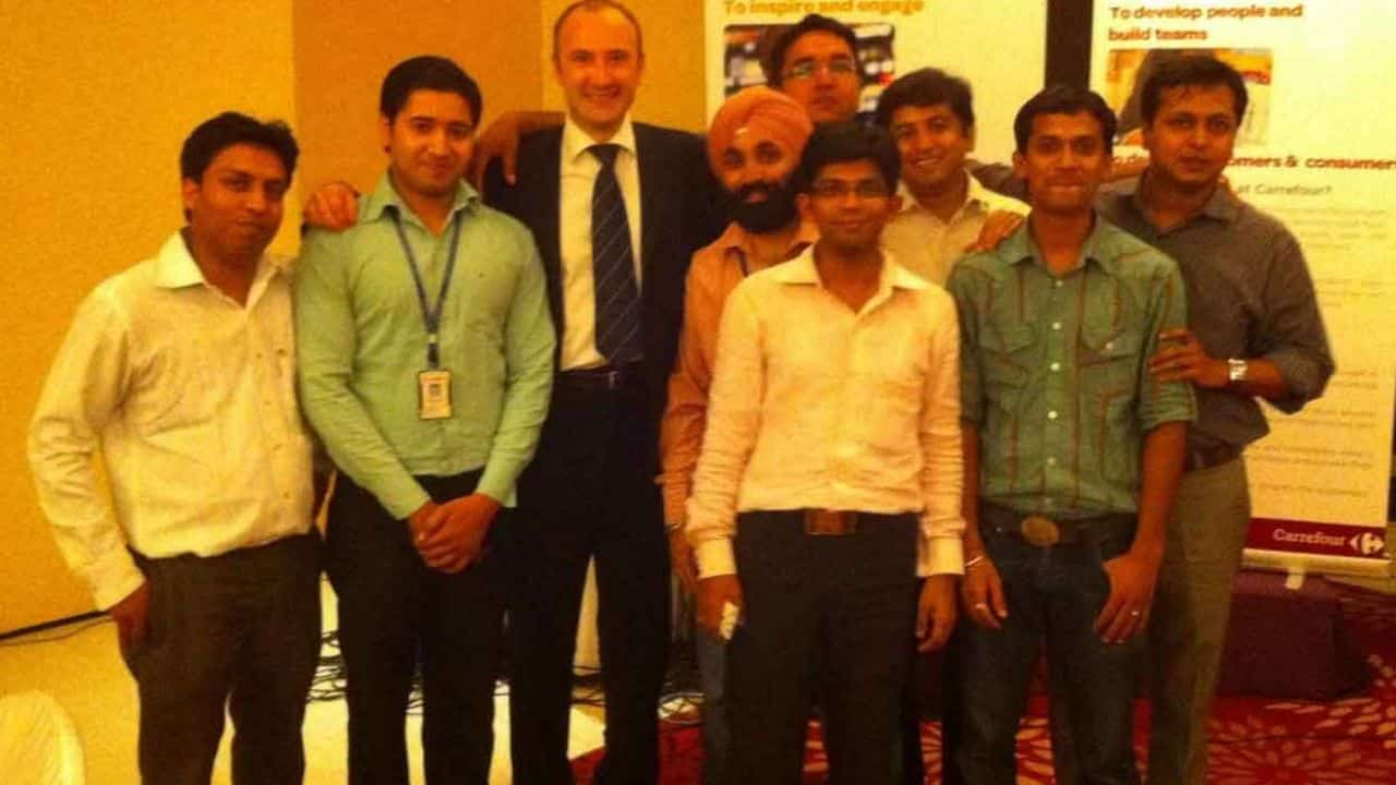 Damien Peyre and Carrefour India team